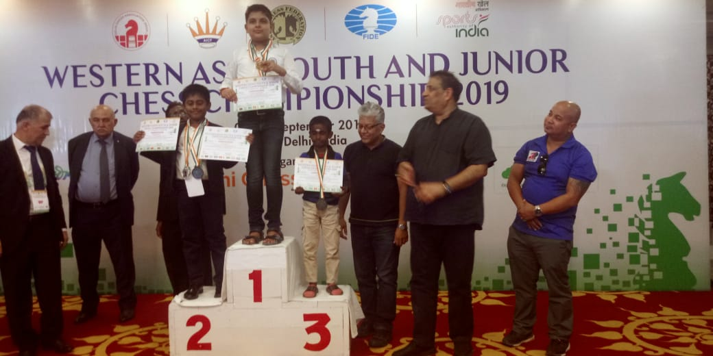 Daakshin wins Silver medal at Western Asia under 10 boys championship 2019!