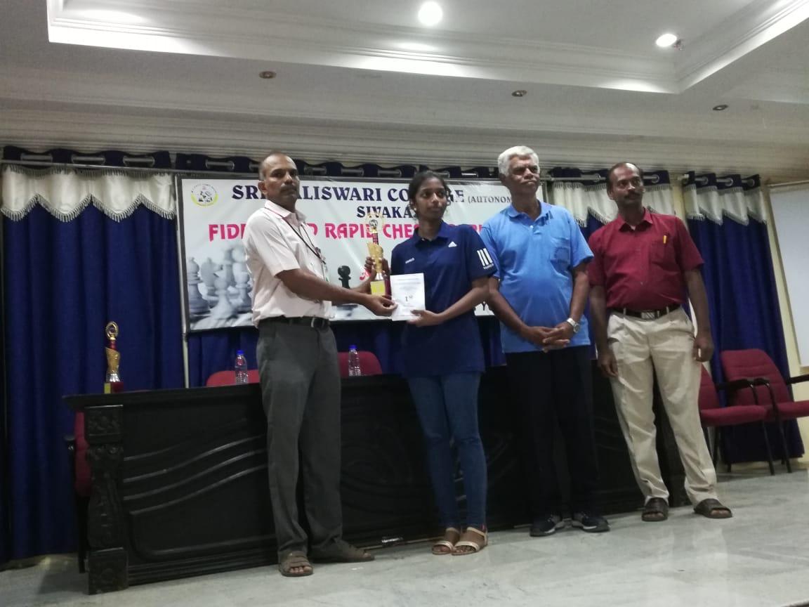 Vaishali wins Sivakasi rapid tournament with 7/7 score!